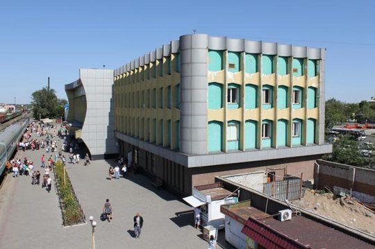 Ж/Д вокзал в Семипалатинске. Фото e-history.kz