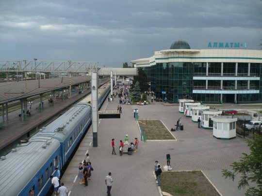 Ж/Д вокзал Алматы-1. Фото static.panoramio.com