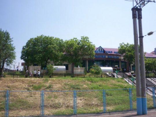 Ж/Д вокзал Сарыагаша. Фото photos.wikimapia.org