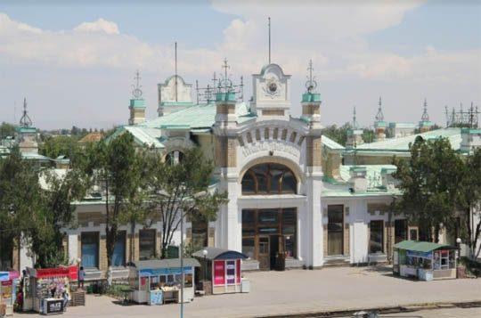 Ж/Д вокзал в Туркестане