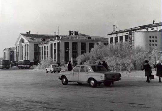 Ж/Д вокзал Астаны в 1998-м году